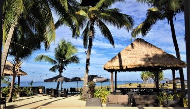 Waking up to the sound of the ocean thanks to staying at a beautiful bure in Fiji